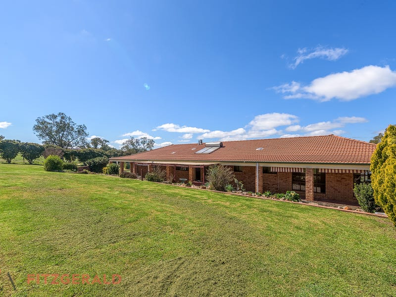 75 Riddell Street, Molong, NSW 2866