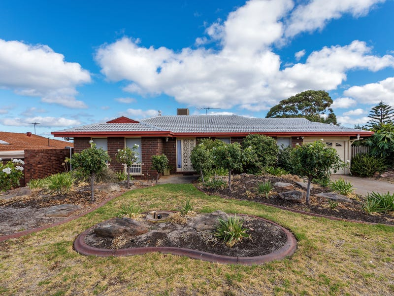 4 California Avenue, Hallett Cove, SA 5158