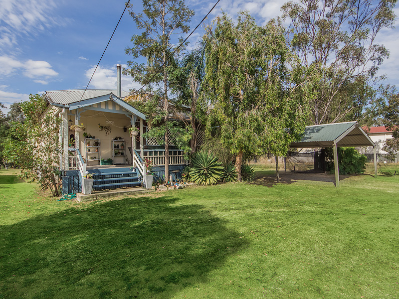 54 Siemons Street, One Mile, Qld 4305