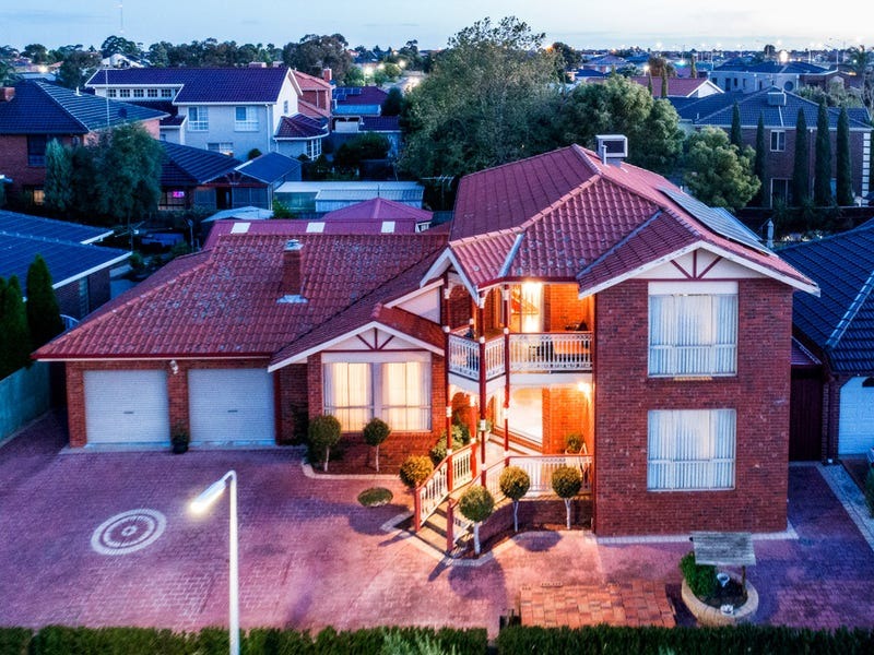 1 Andrea Court, Taylors Lakes