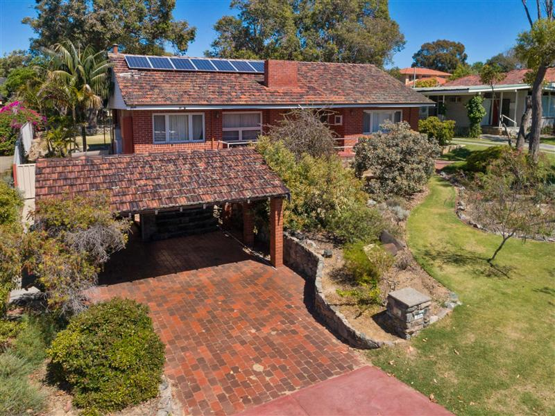 97 Moreing Road, Attadale