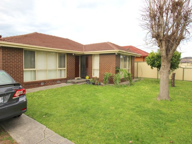 4 Melview Drive, Springvale South, Vic 3172