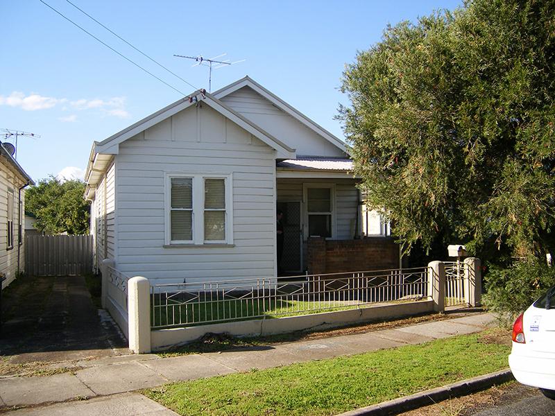 2/15 Vera Street, Waratah, NSW 2298