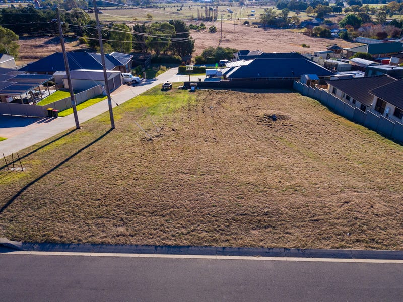 16 Banksia Way, Goulburn, NSW 2580