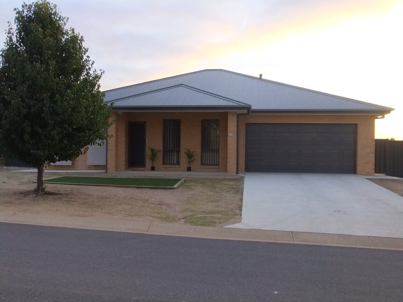 19 Ash Avenue, Corowa, NSW 2646
