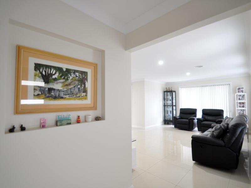 1/4 John Potts Drive, Junee, NSW 2663