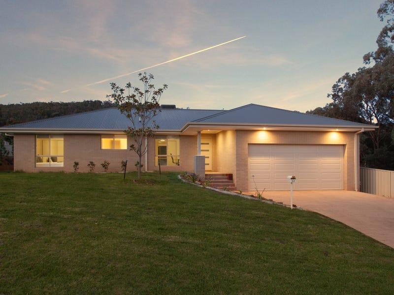 32 Banksia Street, Albury, NSW 2640