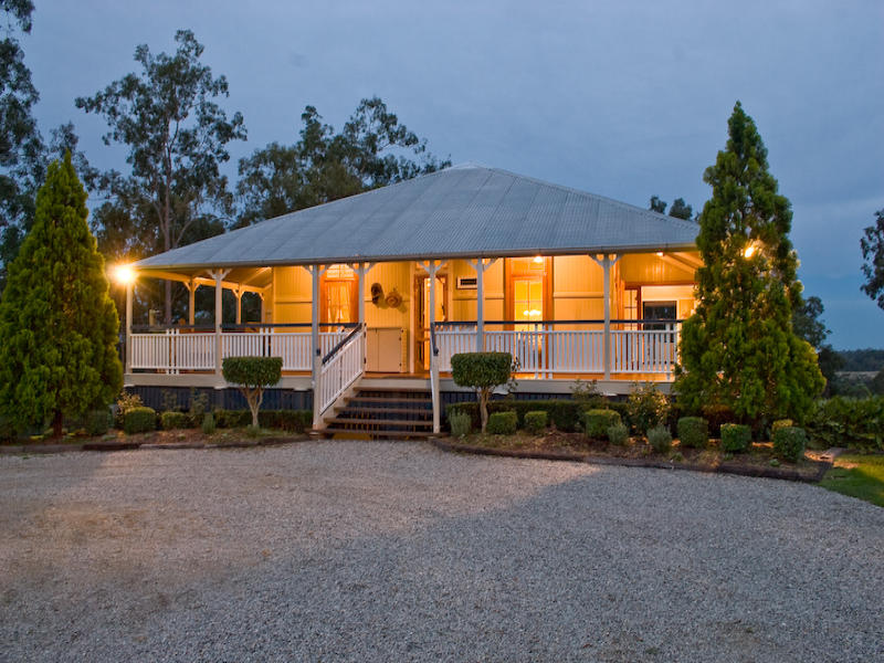 Address available on request, Clear Mountain, Qld 4520