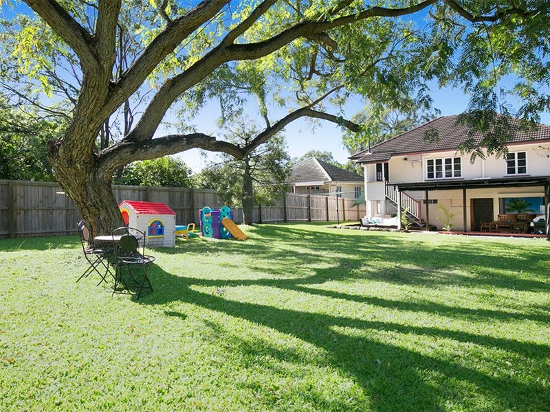50 Bannerman St, Oxley, Qld 4075