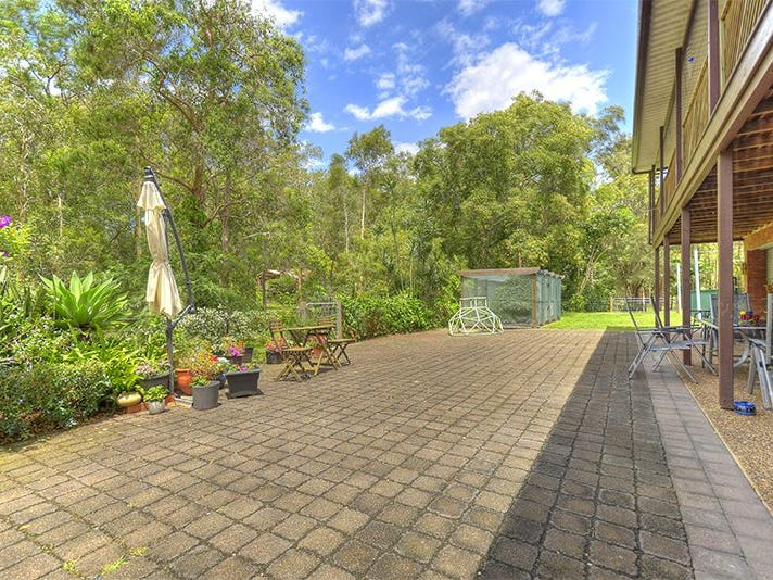 22 Walker Drive, Worongary, Qld 4213