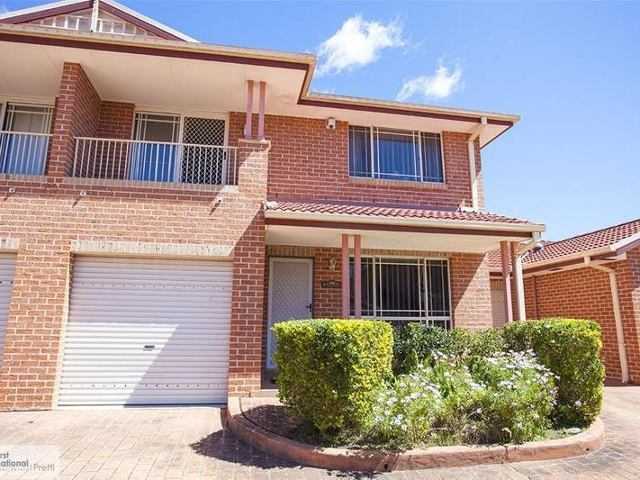 3/10 Peacock Close, Green Valley, NSW 2168