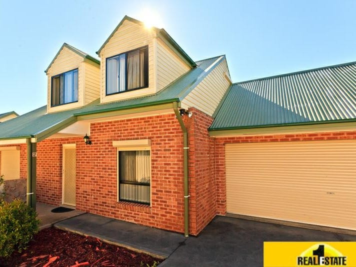 2/61A Canberra Street, Oxley Park, NSW 2760