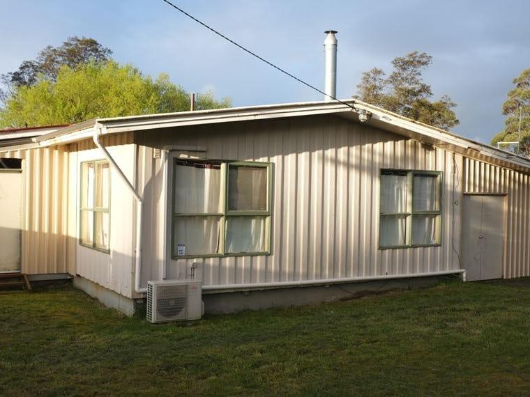 42 Leventhorpe Street, Zeehan, Tas 7469