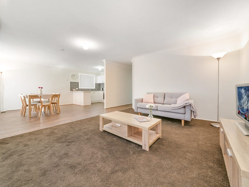 22 Bettong Place, St Helens Park, NSW 2560