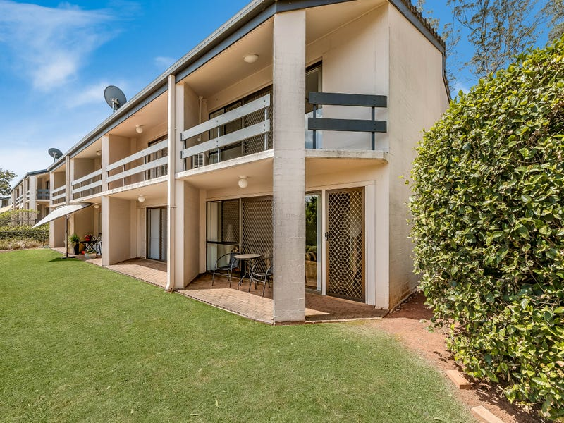 Unit 1/2 Benjamin Street, Mount Lofty, Qld 4350