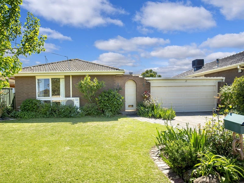 10 Intervale Drive, Avondale Heights, Vic 3034