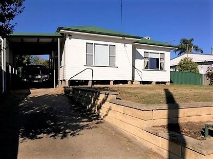 32 Mount Street, Aberdeen, NSW 2336