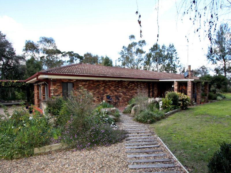 101 Plumpton Road, Lake Albert, NSW 2650