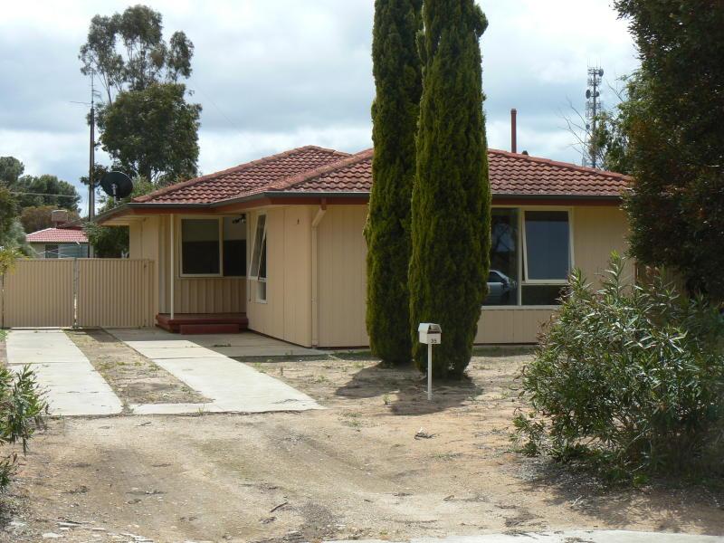 35 Oval Terrace, Lameroo, SA 5302