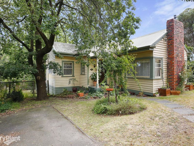 259 Hull Road, Mooroolbark, Vic 3138