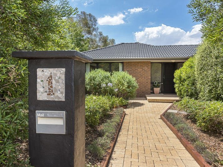 1 Tobermorey Place, Hawker, ACT 2614