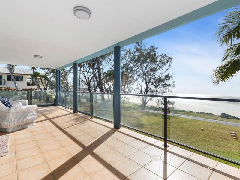 2/118 Schofield Parade, Keppel Sands, Qld 4702