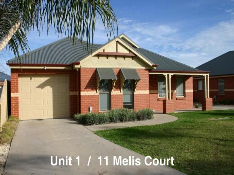 1 & 2/11 Melis Court, Swan Hill, Vic 3585