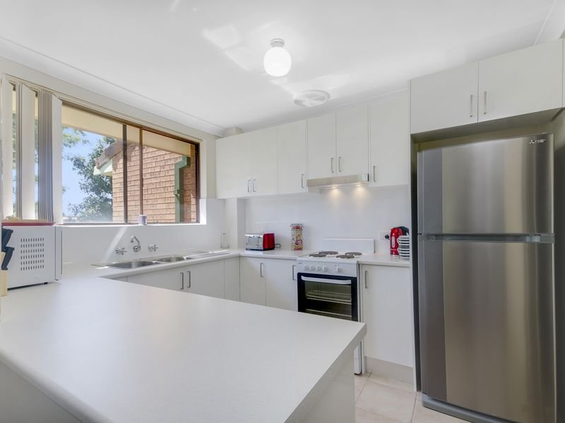 6/4 Blackbutt Way, Barrack Heights, NSW 2528