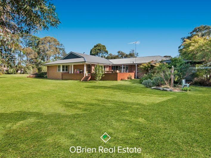 2 Meadow View Road, Somerville, Vic 3912