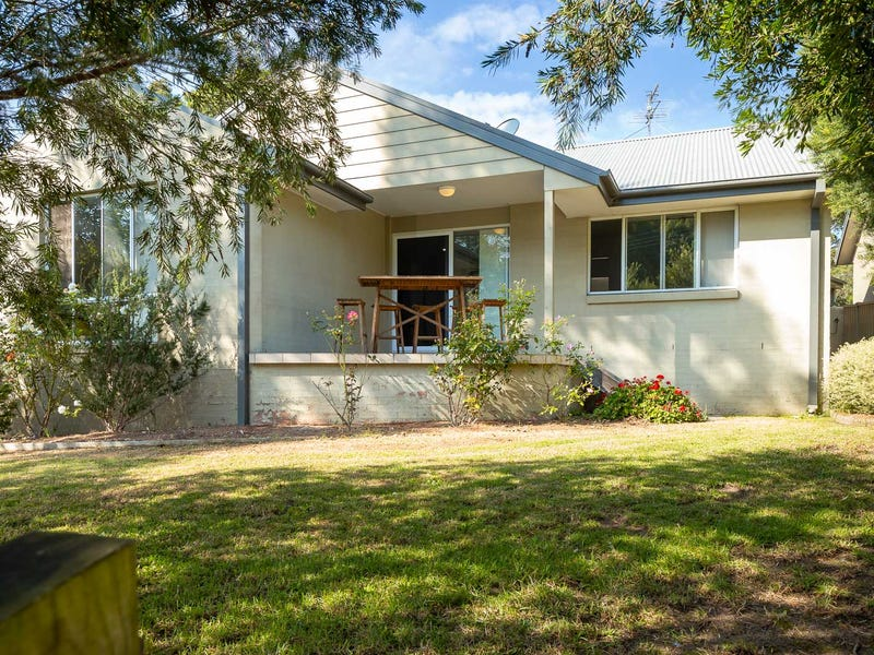 3a Crest Crescent, Moruya Heads, NSW 2537