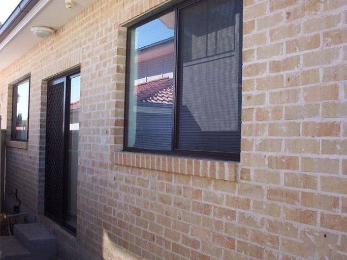 63A Brallos Ave, Holsworthy, NSW 2173