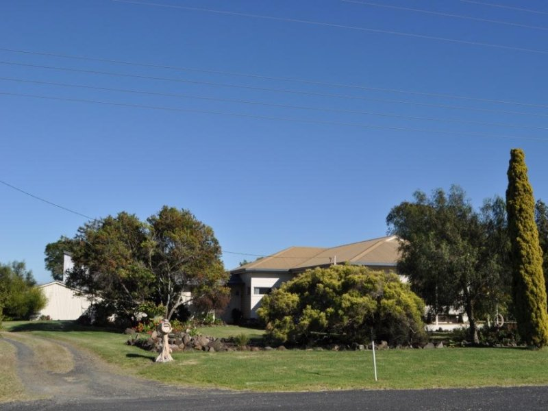 52 Berry Road, Vale View, Qld 4352