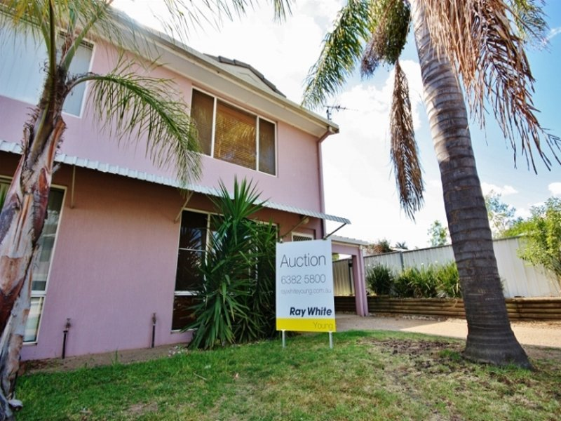 5/77 Edwards Street, Young, NSW 2594