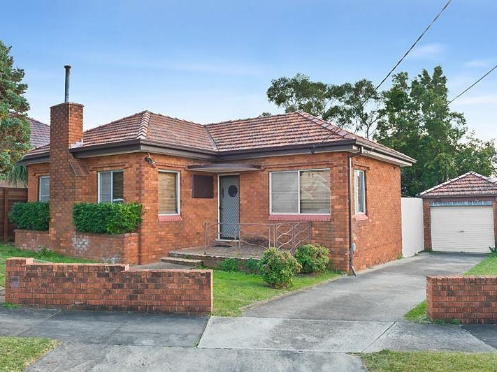 11 Clare Crescent, Russell Lea, NSW 2046