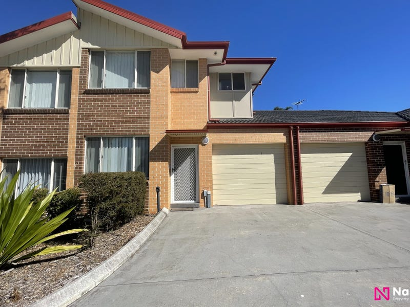 9/221A Waterworth Drive, Mount Annan, NSW 2567