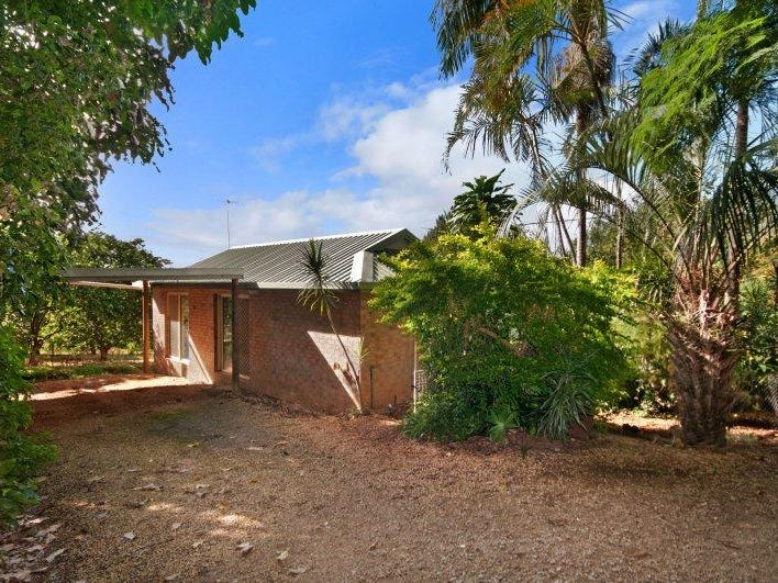 239 Tyagarah Road, Myocum, NSW 2481
