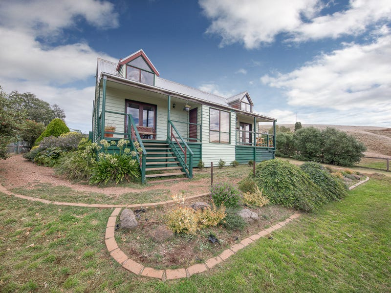 249 Sheehans Road, Romsey, Vic 3434