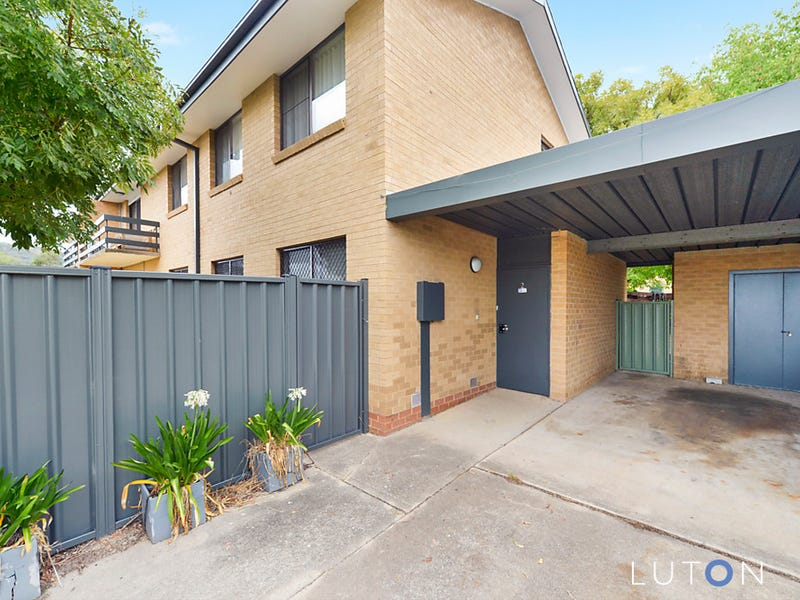 2/12 Araluen Street, Fisher, ACT 2611