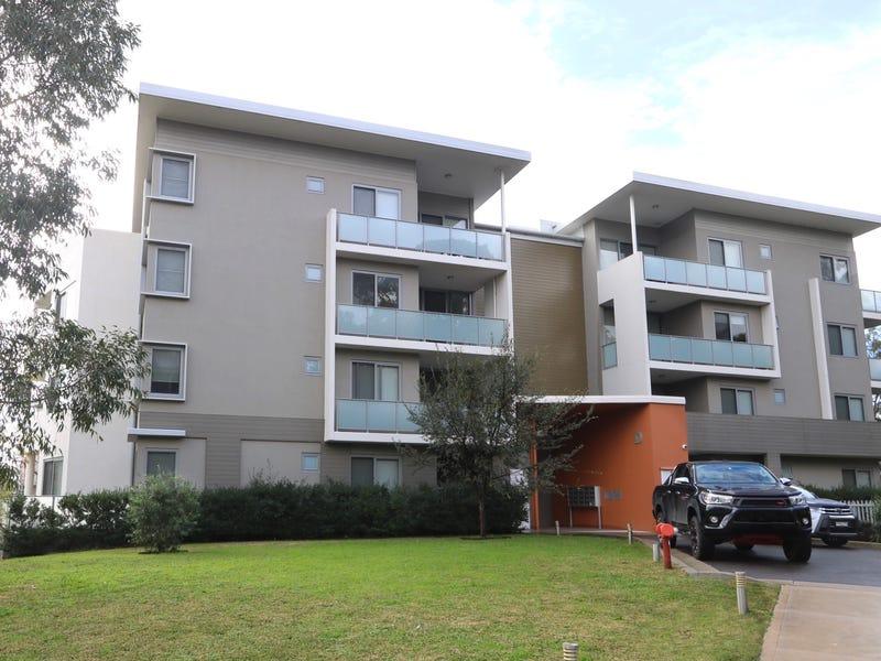 304/2 Rowe Drive, Potts Hill, NSW 2143