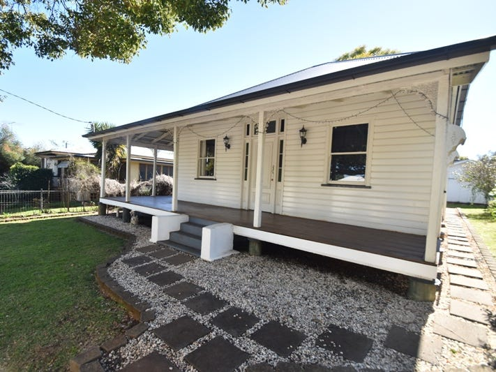 73 Herries Street, East Toowoomba, Qld 4350