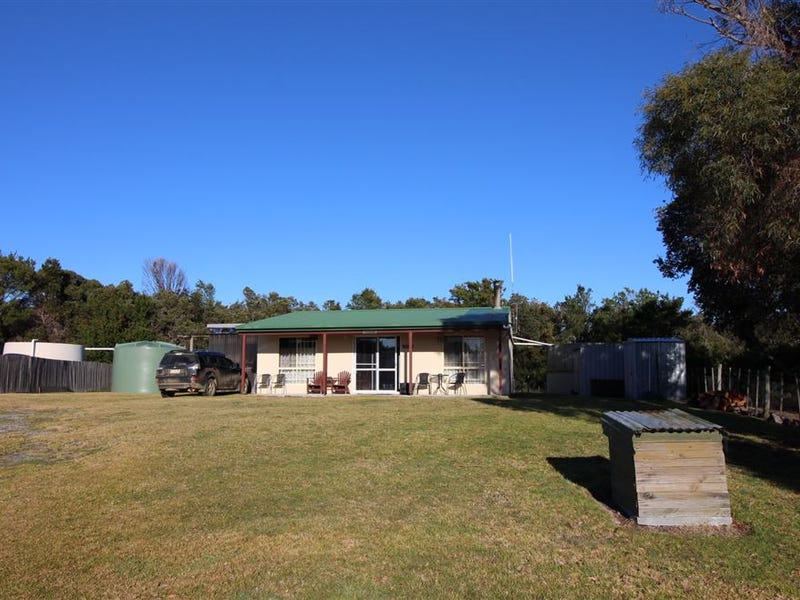8 Swan Street, Musselroe Bay, Tas 7264