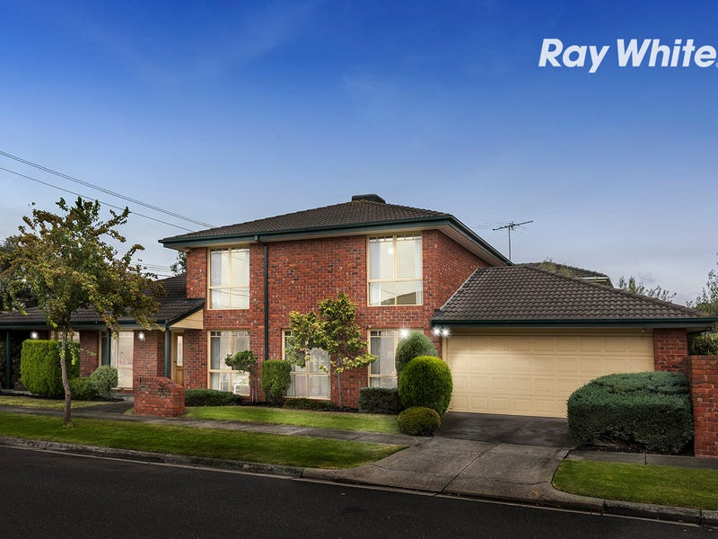 1 Wheatland Crescent, Dingley Village, Vic 3172
