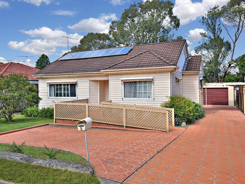 5 Singleton Avenue, East Hills, NSW 2213