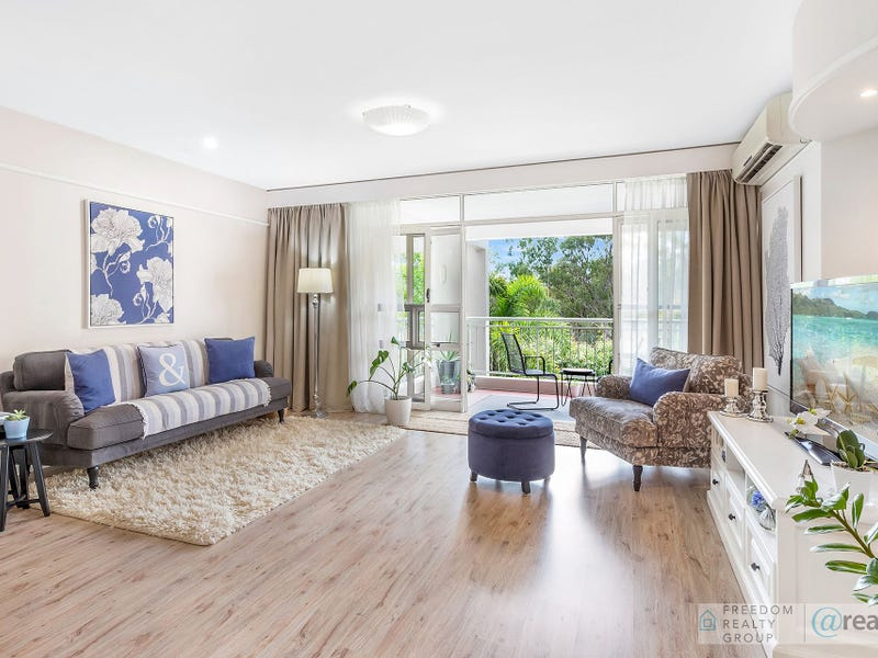 23/76-80 Chichester Drive, Arundel, Qld 4214