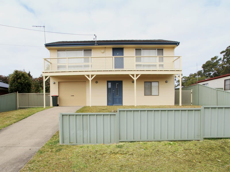 11 Coral Court, Sussex Inlet, NSW 2540