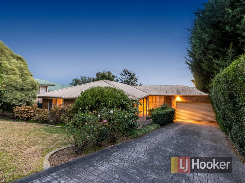 14 Mahon Avenue, Beaconsfield, Vic 3807