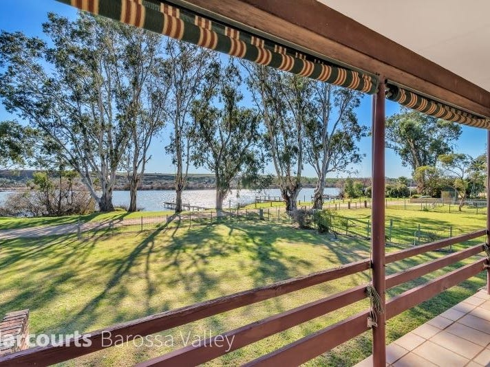11 Murray Terrace, Cowirra, SA 5238