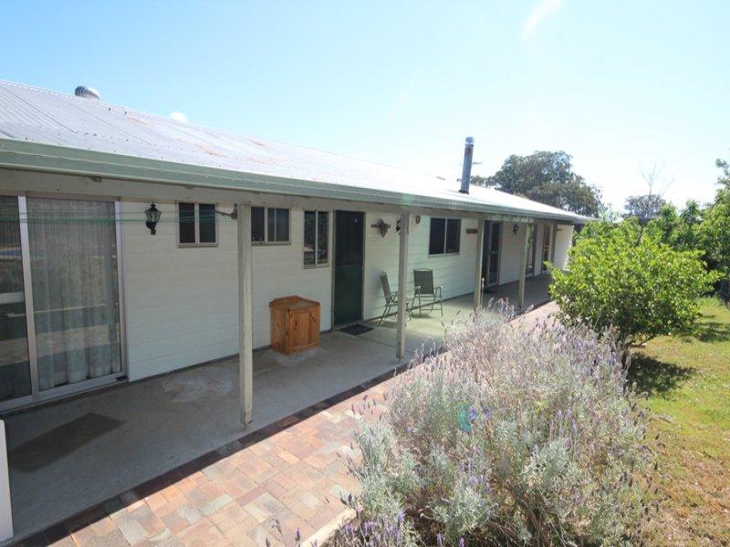5948 Buckets Way, Hillville, NSW 2430