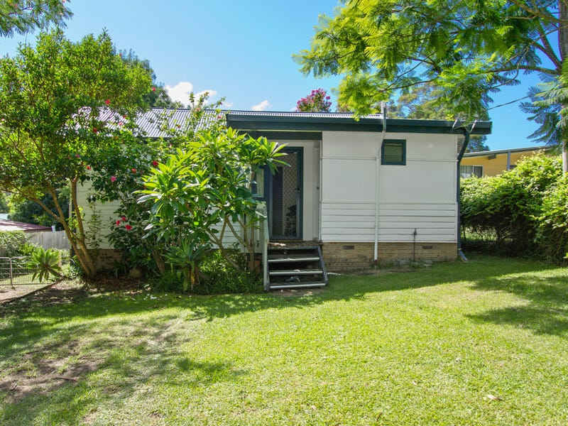 32 Cornfield Parade, Fishermans Paradise, NSW 2539