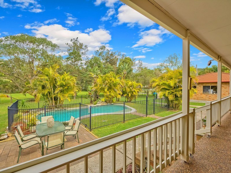 42 Broadwater Drive, Saratoga, NSW 2251
